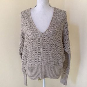 NWT! Free People medium natural V neck sweater